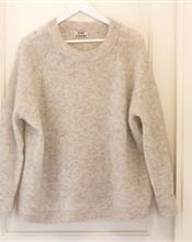 Vurderer og selge min Acne Rue Mohair genser i Dove White. Den er helt ubrukt, med prislapp på - lig..